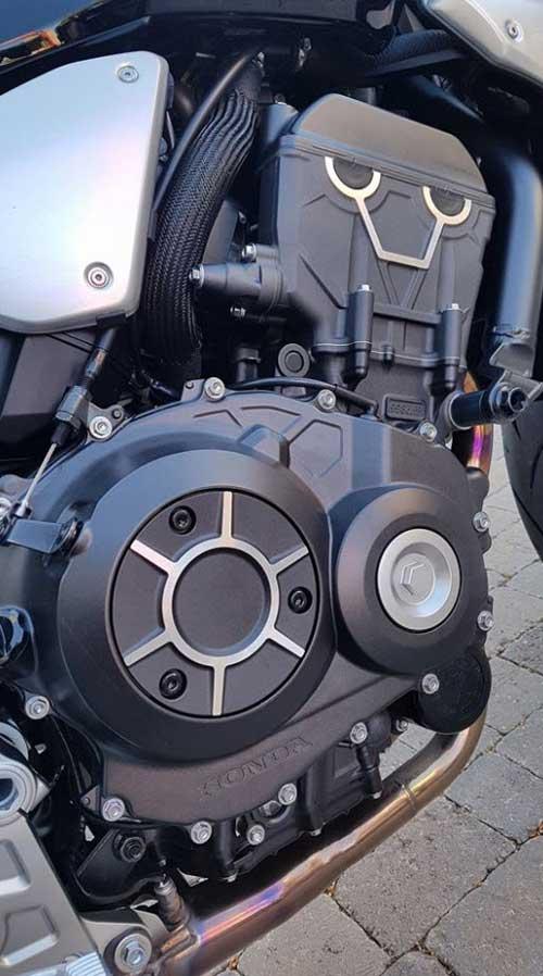 2018-Honda-cb1000r เครื่องยนต์